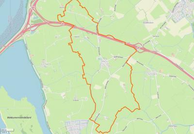 Het dorpsgebied van Wons (= het gebied binnen de oranje lijn) op een actuele kaart. (© www.openstreetmap.org)