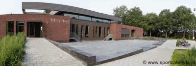 Deze dus: de nieuwe, in 2013 in gebruik genomen multifunctionele accommodatie Yders Hoes.