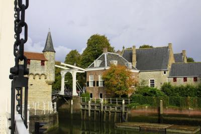 Zierikzee, de oude burgemeesterswoning bij de Noordhavenpoort (© Jan Dijkstra, Houten)