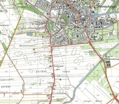 Zuiderveen is een veldnaam én een daarnaar genoemde buurtschap Z van Winschoten, zoals je op deze kaart kunt zien. Sinds 1995 is de plaatsnaam zomaar van de kaarten verdwenen. Het zoveelste geval van 'zinloos kaartmatig geweld tegen buurtschappen'...