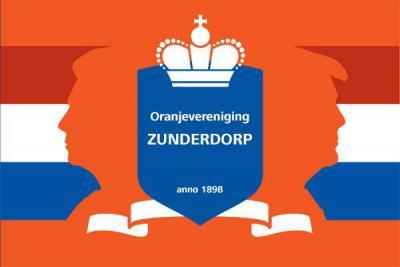 Ook Oranjevereniging Zunderorp is al 'antiek', want opgericht in 1898, in het jaar dus van de inhuldiging van koningin Wilhelmina. De Oranjevereniging verzorgt de Dodenherdenking op 4 mei en de jaarlijkse feestelijkheden rondom Koningsdag.