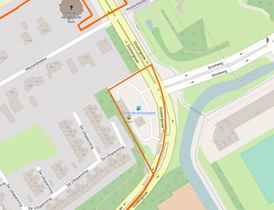 Tankstation Kersenboogerd ligt als enclave van Zwaag tussen grondgebied van (Wester)Blokker, N van de Oostergouw en IJsselweg en grondgebied van Hoorn, Z daarvan. Als iemand daar de reden van weet, houden wij ons aanbevolen. (bron: OpenStreetMap)