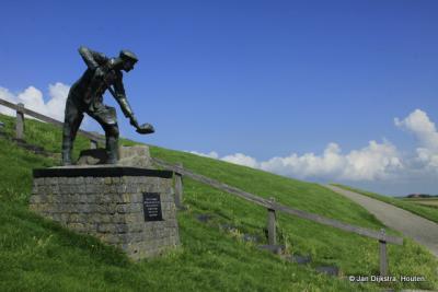 Zwarte Haan, standbeeld De Slikwerker