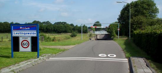 Leutingewolde, deze buurtschap kom je vanuit Roden binnen door de tunnel onder de rondweg