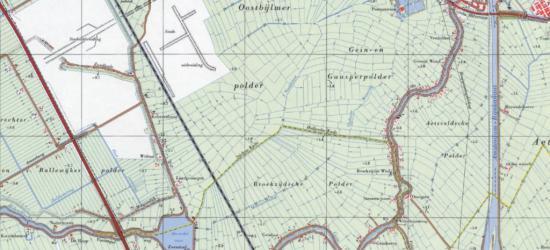 Op deze kaart uit ca. 1970 geven de gele lijnen de gemeentegrens aan. De plaatsnamen Het Gein en Vinkenbuurt zijn zomaar uitgegumd. In het NW grijpt de gem. Amsterdam zijn kans om in haar geannexeerde deel van Weesperkarspel de wijk Bijlmermeer te bouwen.