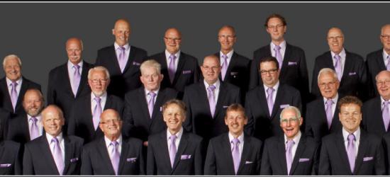 Maar ook zangliefhebers komen in Glanerbrug aan hun trekken. Het in 1951 opgerichte koor Mannenklank Glanerbrug heeft een gevarieerd repertoire met moderne muziek, (licht) klassieke werken, negrospirituals, volksliederen, byzantijnse en religieuze werken.