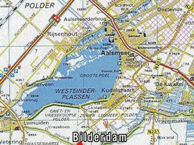 Het kleine idyllisch gelegen buurtschapje Bilderdam viel t/m 2011 onder 3 gemeenten en 2 provincies.