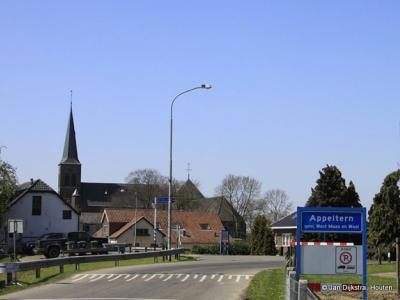 Appeltern is een dorp in de provincie Gelderland, in de streek Land van Maas en Waal, gemeente West Maas en Waal. Het was een zelfstandige gemeente t/m 1983.