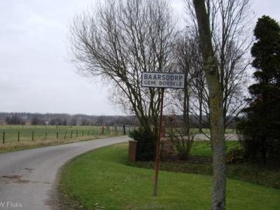 Baarsdorp was vroeger een dorp, maar is een buurtschap sinds de kerk rond 1880 is afgebroken.