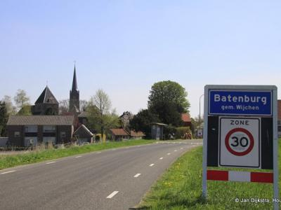 Batenburg is een stad in de provincie Gelderland, in de regio Land van Maas en Waal, gemeente Wijchen. Het was een zelfstandige gemeente t/m 1983.