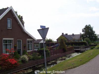 Benthorn (buurtschap van Benthuizen). De hele buurtschap staat op deze foto, althans voor zover het de panden aan de weg Benthorn betreft.