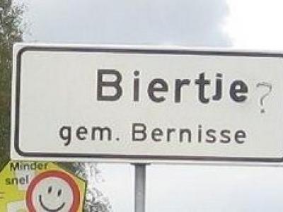 Biert (buurtschap van Simonshaven), de plaatsnaam wekt op tot het leggen van associaties met het gerstenat... Waar de plaatsnaam overigens waarschijnlijk inderdaad iets mee te maken heeft.