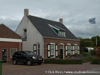 Buttinge, woonhuis met Zeeuwse vlag
