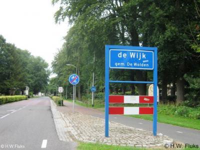 de Wijk is het enige dorp in ons land met dit lidwoord dat met een kleine d moet worden geschreven, omdat de toenmalige gemeente dat ooit zo besloten heeft, hoewel het taalkundig gezien eigenlijk een D zou moeten zijn.