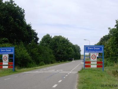 Den Osse was vanouds een buurtschap maar is tegenwoordig vooral bekend als badplaats en valt voor de post onder de naburige stad Brouwershaven.