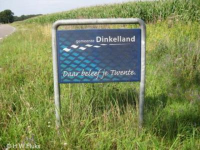 Dinkelland, op veel toegangswegen naar het grondgebied van deze gemeente word je met deze fraaie borden welkom geheten