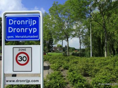 Dronryp is een dorp in de provincie Fryslân, gemeente Waadhoeke. T/m 2017 gemeente Menameradiel.