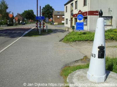 Eede, dit kleine dorpje is bekend van het feit dat koningin Wilhelmina hier Nederland binnenkwam aan het eind van de Tweede Wereldoorlog.