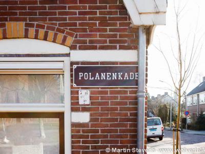 Halfweg, de straatnaam Polanenkade herinnert nog aan de oude benaming van het huidige Halfweg