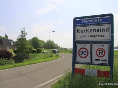 Buurtschap Kerkeneind ligt binnen de bebouwde kom van het dorp Herwijnen