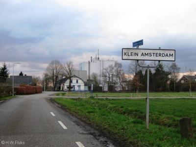 Klein Amsterdam ligt zeer landelijk in het omvangrijke buitengebied tussen Voorst en Klarenbeek