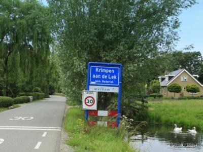 Krimpen aan de Lek is een dorp in de provincie Zuid-Holland, in de streek en gemeente Krimpenerwaard. Het was een zelfstandige gemeente t/m 1984. In 1985 over naar gemeente Nederlek, in 2015 over naar gemeente Krimpenerwaard.