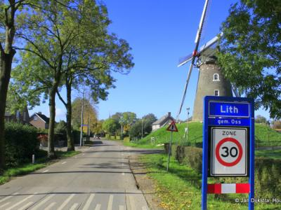 Lith is een dorp in de provincie Noord-Brabant, in de regio Noordoost-Brabant, gemeente Oss. Het was een zelfstandige gemeente t/m 2010.