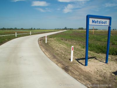 Ook in Matsloot vind je eindeloze vergezichten. Matsloot is een van de kleinste plaatsen van Nederland met een eigen postcode en plaatsnaam in het postcodeboek, en ligt grotendeels in Drenthe, deels in Groningen.
