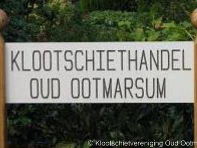 Oud Ootmarsum heeft de grootste klootschietvereniging van Nederland. Het is dus ook niet vewonderlijk dat hier een klootschiethandel is gevestigd. Ook elders in de regio is deze sport populair.