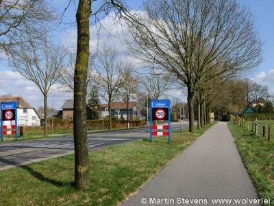 Uddel is een dorp in de provincie Gelderland, in de streek Veluwe, gemeente Apeldoorn.