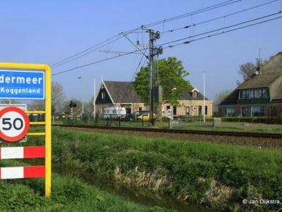 Langs het spoor in Zuidermeer