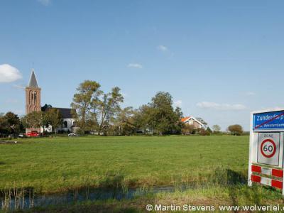 Zunderdorp is een dorp in de provincie Noord-Holland, in de streek Waterland, gemeente Amsterdam. T/m 1920 gemeente Nieuwendam.