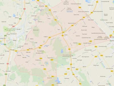 De gemeente Aa en Hunze (het roze geaccentueerde gebied op de kaart) is in 1998 ontstaan uit samenvoeging van de gemeenten Anloo, Gasselte, Gieten en Rolde. Het is een uitgestrekte gemeente, gelegen tussen Assen in het W en de provincie Groningen in het O