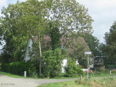 Ald Terp is een buurtschap in de provincie Fryslân, gemeente Noardeast-Fryslân.