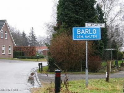 Barlo is een buurtschap in de provincie Gelderland, in de streek Achterhoek, gemeente Aalten. De buurtschap valt onder het dorp Aalten. De buurtschap heeft een compacte kern met een 'bebouwde kom' en heeft aldaar daarom blauwe plaatsnaamborden (komborden)