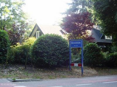 Bennekom is een dorp in de provincie Gelderland, in de streek Veluwe, gemeente Ede.