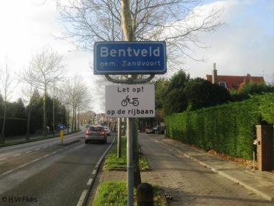 Bentveld is een dorp in de provincie Noord-Holland, in de streek Kennemerland, gemeente Zandvoort.