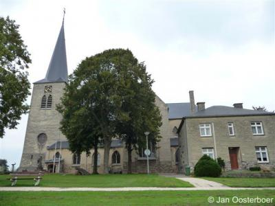 Berg, H.H. Monulphus en Gondulphus kerk.