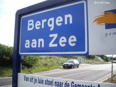 Bergen aan Zee is een dorp in de provincie Noord-Holland, in de streek Kennemerland, gemeente Bergen. (© H.W. Fluks)