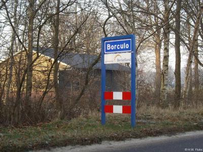 Borculo is een stad in de provincie Gelderland, in de streek Achterhoek, gemeente Berkelland. Het was een zelfstandige gemeente t/m 2004.