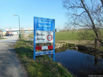 In 2015 heeft dorpsstyliste Hieke Joostema een 30-tal dorpen en buurtschappen van uiteenlopende grootte en aard beoordeeld. Op grond hiervan zijn de dorpen Burgwerd, Gaastmeer en Oldeholtpade in maart 2016 gehuldigd als 'Moaiste Doarp fan Fryslân'.