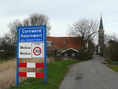Cornwerd is een dorp in de provincie Fryslân, gemeente Súdwest-Fryslân. T/m 2010 gemeente Wûnseradiel. (© H.W. Fluks)