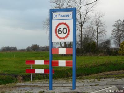 Buurtschap De Paauwen is sinds 2013 ook door middel van plaatsnaamborden ter plekke herkenbaar