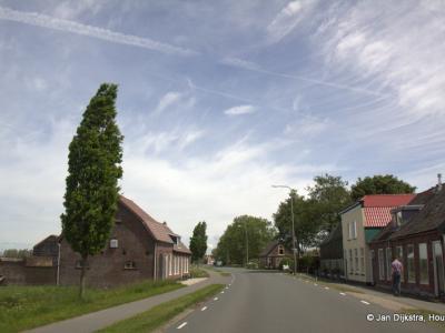 Buurtschap De Bree ligt aan de gelijknamige weg, langs de Oude Rijn, tussen Woerden en Bodegraven