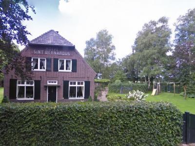 De Rund, Hoeve Sint Bernardus is een van de twee gemeentelijke monumenten in deze buurtschap (© Google)