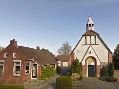 In 2005 zijn de kerkelijke gemeenten van Nieuw-Buinen, Buinerveen en Drouwenermond gefuseerd. De kerk in Nieuw-Buinen blijft behouden. De kerk te Drouwenermond is niet verkocht kunnen worden en is daarom in 2010 gesloopt. Hier de kerk vlak voor de sloop.