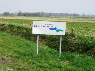 De gemeente Eemsmond is in 1990 ontstaan uit fusie van de gemeenten Hefshuizen, Kantens, Usquert en Warffum.