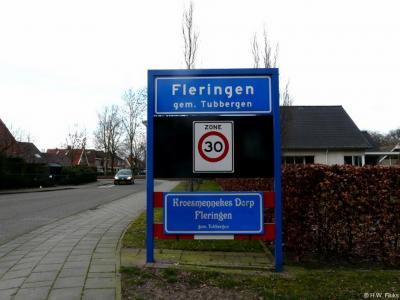 Fleringen is een dorp in de provincie Overijssel, in de streek Twente, gemeente Tubbergen. Tijdens carnaval heet het dorp Kroesmennekes Dorp.