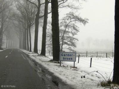 De buurtschap Garderbroek was, zoals de naam al suggereert, vanouds een 'broekland' van het dorp Garderen. Tegenwoordig valt de buurtschap grotendeels onder het dorp Kootwijkerbroek, deels onder het dorp Voorthuizen.