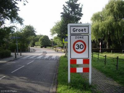 Groet is een dorp in de provincie Noord-Holland, in de streek Kennemerland, gemeente Bergen. Het was een zelfstandige gemeente t/m 1833. In 1834 over naar gemeente Schoorl, in 2001 over naar gemeente Bergen.